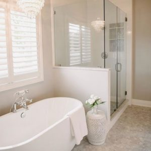 modern bathroom remodel. remodeling contractor in houston