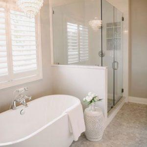 modern bathroom remodel. remodeling contractor in houston